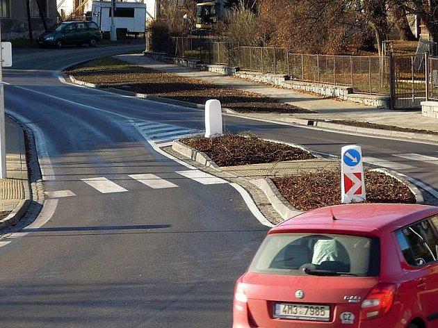 Nový přechod v Zolově ulici v Olomouci - Slavoníně