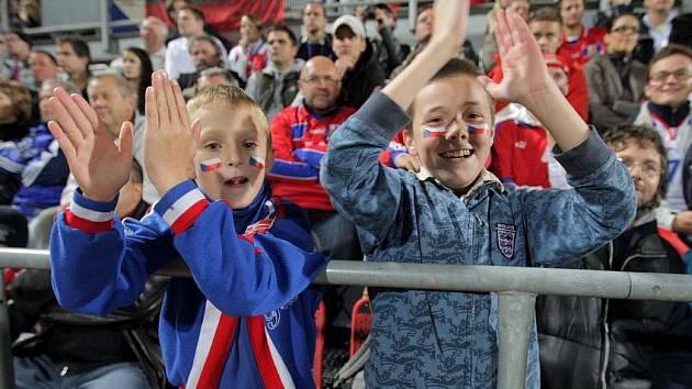 Fanoušci na zápase české reprezentace na Andrově stadionu v Olomouci