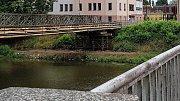 Provizorní lávka pro chodce u mostu v Komenského ulici v Olomouci