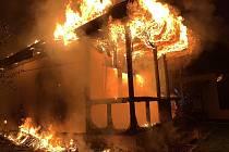 Požár chaty v Bělkovicích-Lašťanech, 17. 9. 2019