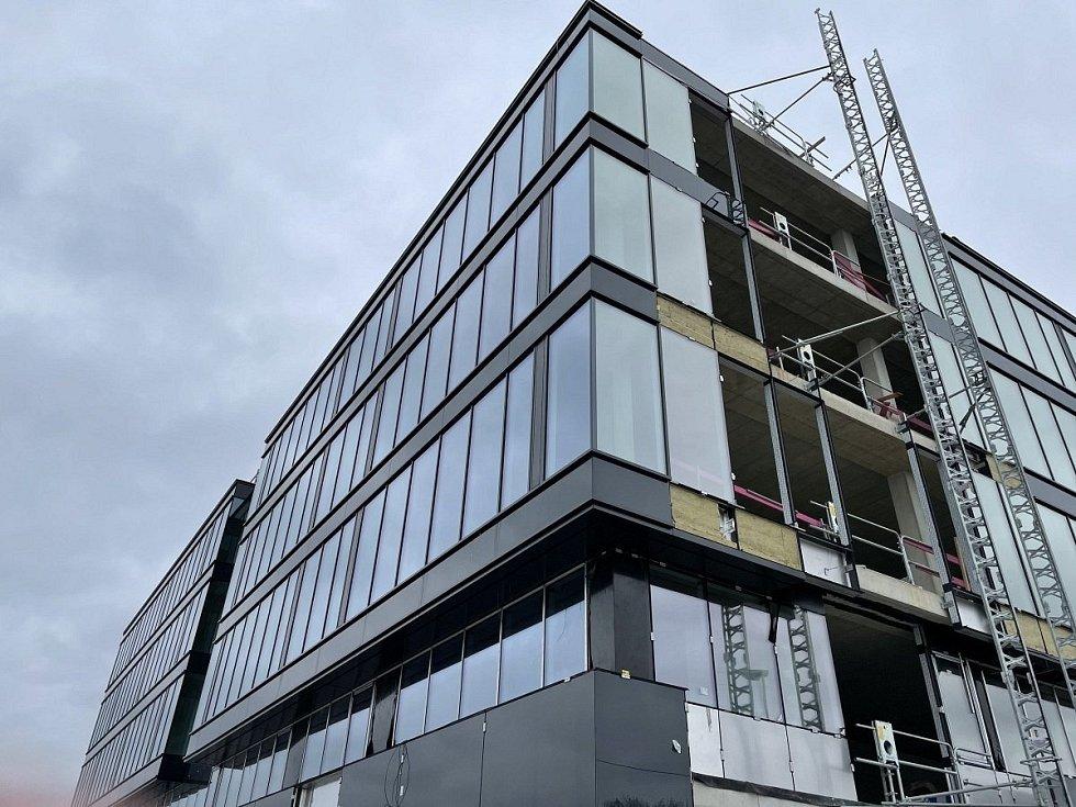 Stavba administrativní budovy Envelopa Office Center v Olomouci, 16. dubna 2021