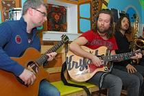 Kapela Kryštof zahrála unplugged malým pacientům Dětské kliniky Fakultní nemocnice Olomouc