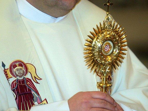 Ostatky blahoslaveného papeže Jana Pavla II. v olomoucké katedrále