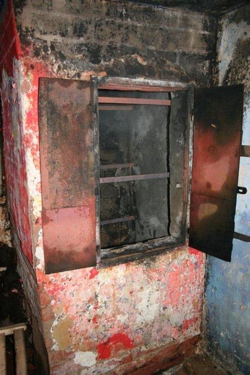 Požár udírny a jeho následky v Cholině
