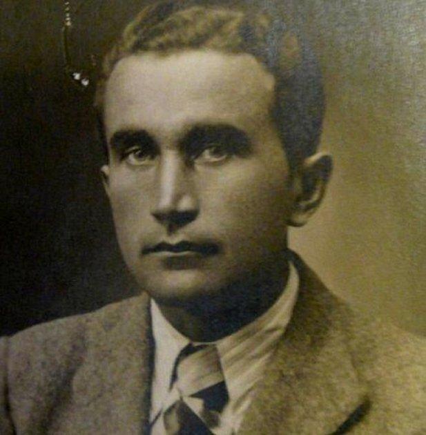 Josef František.