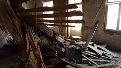 V domě v Univerzitní ulici v Olomouci se propadl strop. Nikdo nebyl zraněn.