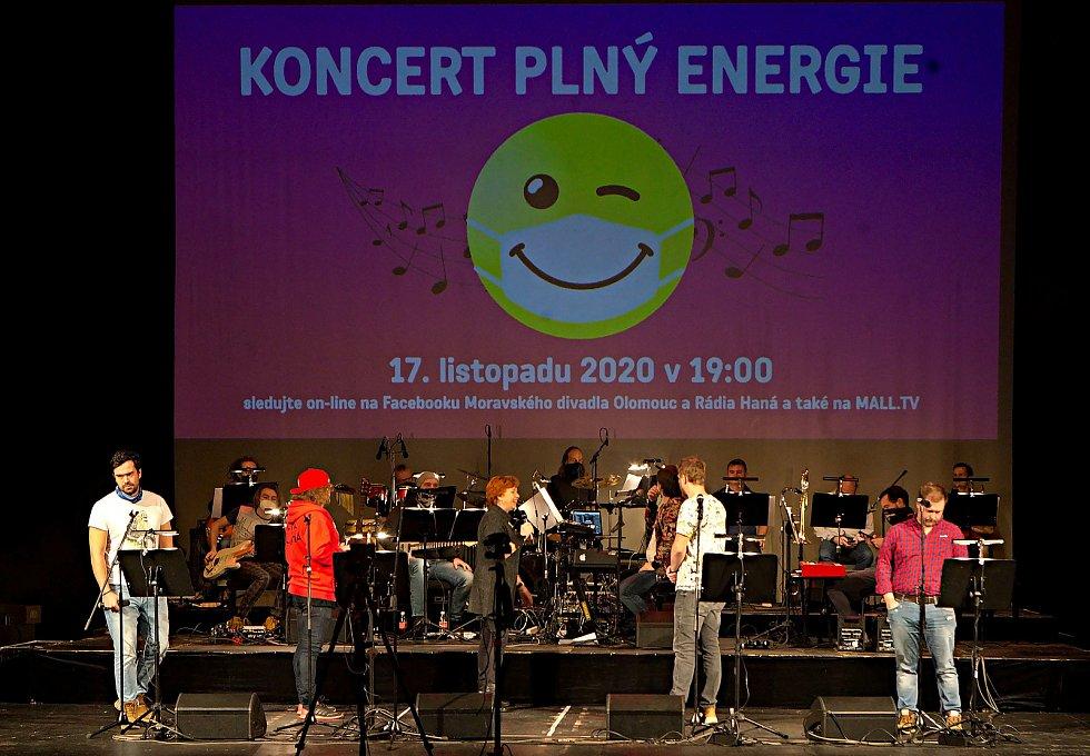 Koncert plný energie chystá Moravské divadlo v Olomouci na večer 17.listopadu v online přenosu.