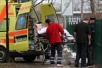 Záchranáři a policisté vyjížděli k pobodané dívce v Michalském stromořadí v centru Olomouce