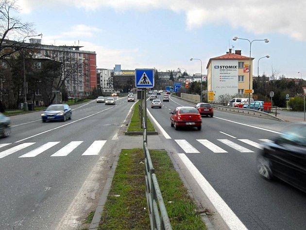 Olomoucká radnice se rozhodla kvůli nebezpečnosti zrušit přechod ve Velkomoravské ulici.