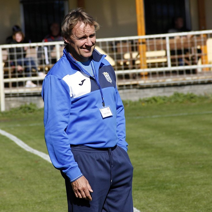 Trenér Olešnice u Bouzova Ladislav Gallo.