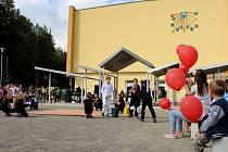 V Mariánském údolí slavnostně otevřeli nové centrum Hluboček