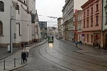 Zrekonstruovaná ulice 8.května v Olomouci - část kolem kostela sv. Mořice je nově pěší zónou