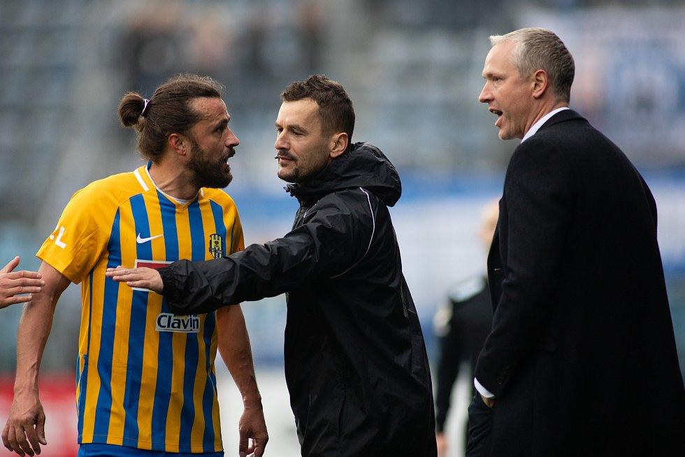 SFC Opava proti Sigmě Olomouc. Pavel Zavadil (SFC Opava), trenér SK Sigma Olomouc Václav Jílek.