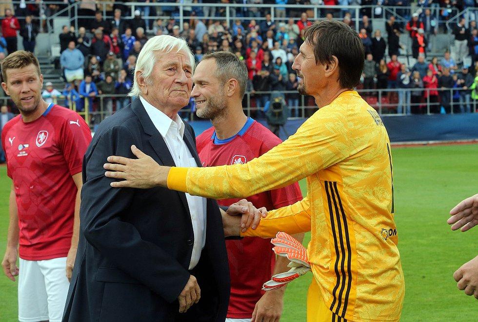 Karel Brückner a Martin Vaniak na Zápase století v září 2019 na Andrově stadionu v Olomouci