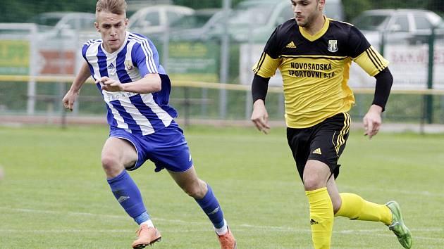 Fotbalisté Nových Sadů (ve žlutém) porazili Hranice 1:0