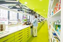 Lékárna FN Olomouc přišla s novinkou, která zjednodušuje výdej individuálně připravovaných léků.