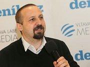 Ředitel Charity Olomouc Petr Prinz. Debata Deníku s olomouckým primátorem Miroslavem Žbánkem