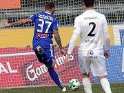 Jakub Řezníček střílí gól.
