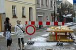 Vodní ulice. Budování kanalizace ve Šternberku