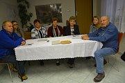 Volební sobota v nejmenší obci na Přerovsku - Lhotce