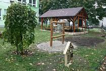 V troubelické škole mají zahradu k učení