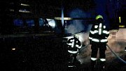 Požár kamionu na D35 u Palonína