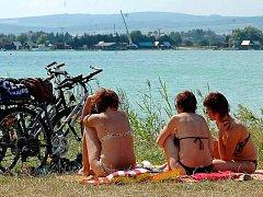 Pískovna u Nákla v létě. Ilustrační foto