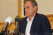 Olomoucký hejtman Jiří Rozbořil na tiskové konferenci ke svému obvinění