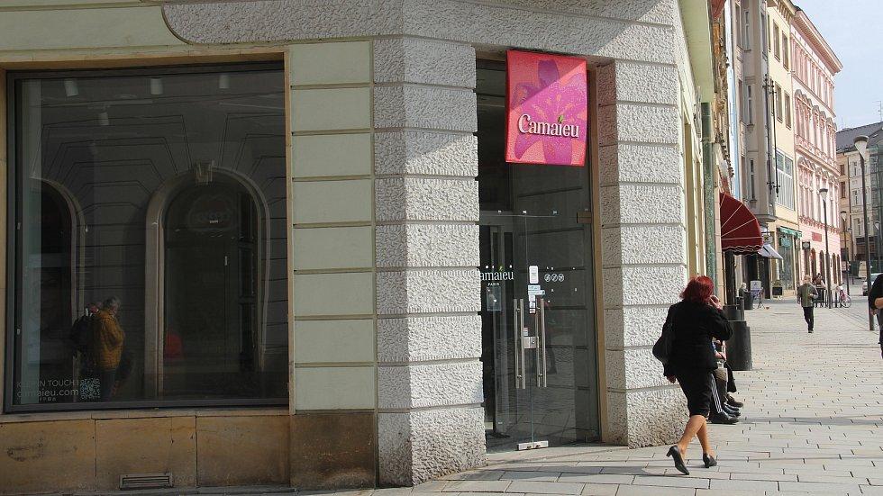Prostory bývalé prodejny Camaieu v ulici 28. října v centru Olomouce jsou volné od loňského léta. Březen 2021