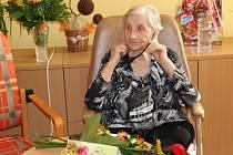 Marta Musilová z Olomouce oslavila 105 narozeniny v Domově seniorů POHODA Chválkovice v Olomouci