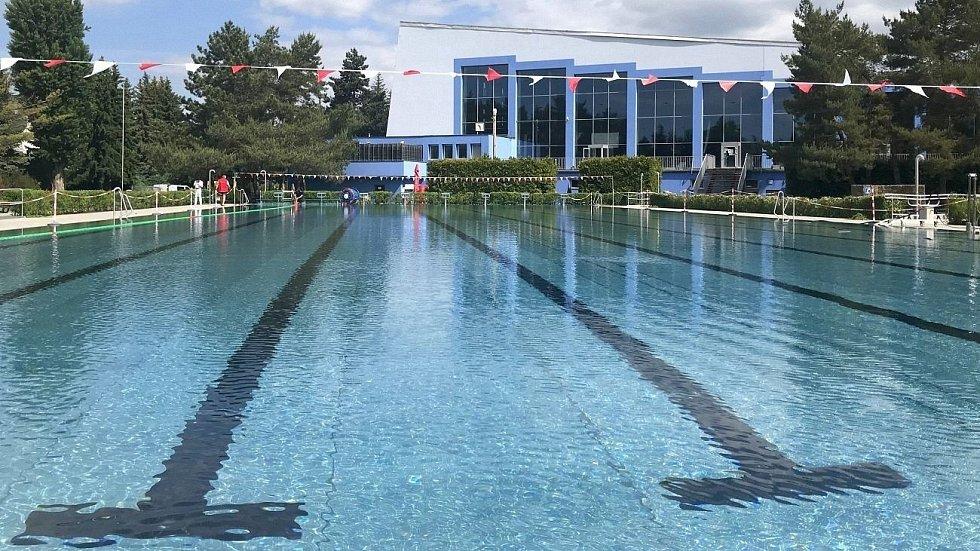 Plavecký stadion v Olomouci se chystá na otevření po koronavirové pauze. 21. května 2020