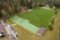 Fotbalové hřiště v Luké