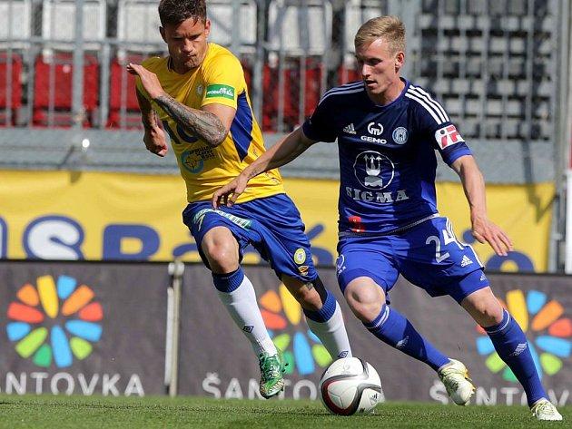 Petr Ševčík (vpravo)