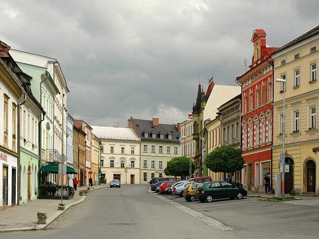 Domy ve Šternberku i díky pomoci radnice krásní.