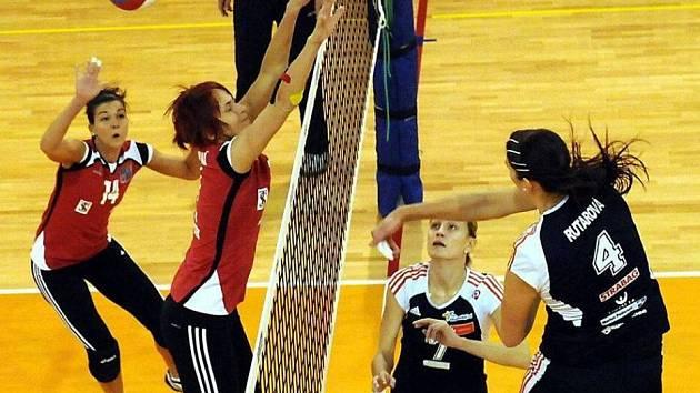 Frýdek-Místek (v červeném) vs. SK UP Olomouc