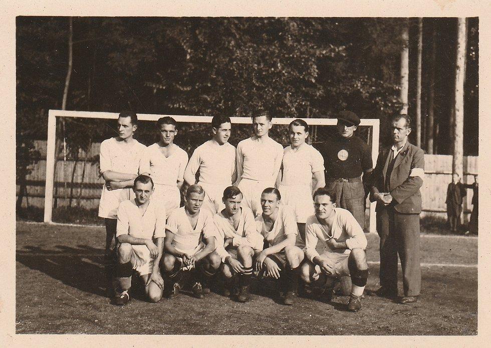 Úspěšné družstvo Litovle z roku 1935