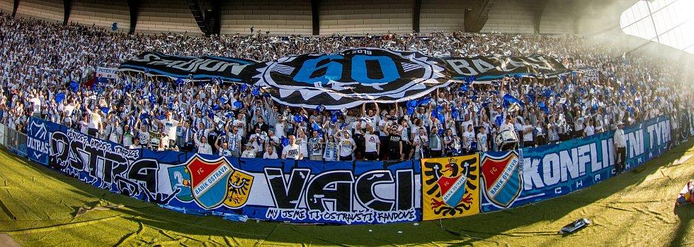 Modro-bílá síla. Co se podpory klubu týká, patří fanoušci Baníku dlouhodobě k těm nejlepším v republice. Jsou pověstní i svou kreativitou v případě tvorby choreografií.