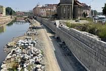 Budoucí náplavka. Stavba protipovodňových opatření v centru Olomouce, 24. června 2021