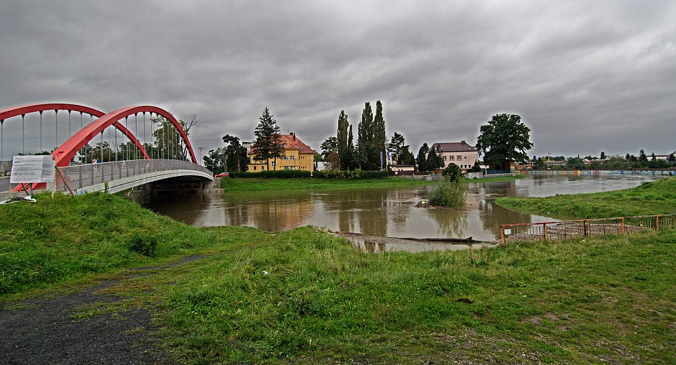 Nové Sady. Řeka Morava na 2. SPA v Olomouci. 16. října 2020
