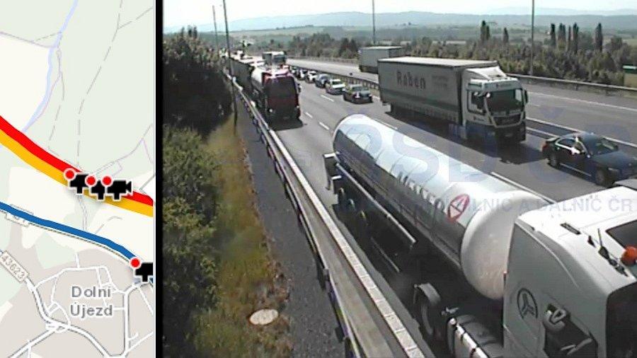 Kolony na D35 před exitem Velký Újezd ve směru na Olomouc, 21. června 9:30 - snímek z kamery webu dopravniinfo.cz