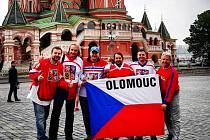 Olomoucká eskadra fanoušků českých hokejistů v Moskvě