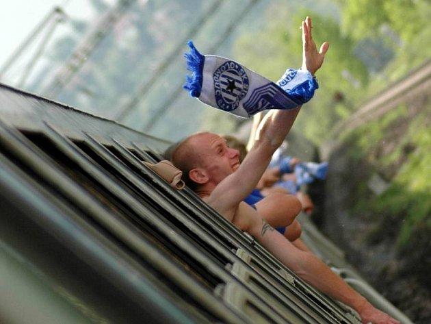 Fanoušci Sigmy na cestě na finále poháru do Plzně