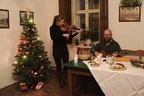 Jak se za starých časů na Hané slavily vánoční svátky se mohli v sobotu přesvědčit návštěvníci skanzenu v Příkazech.