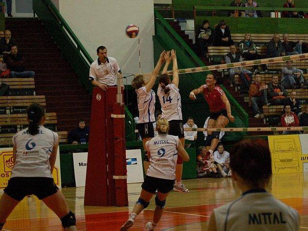 Olomoucké volejbalistky zdolaly Ostravu 3:2 a v letošním ročníku si zajistily v extralize šesté místo.
