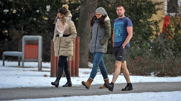 Mráz prožívá každý po svém. -9°C v ulicích Ostravy
