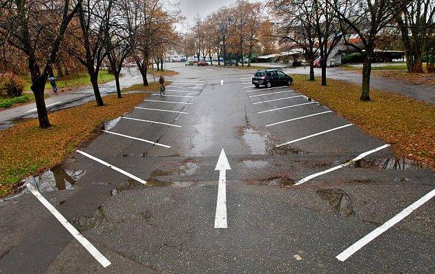 Nové parkoviště uletadla