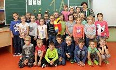 Žáci 1.A ze ZŠ Dr. Hrubého ve Šternberku s paní učitelkou  Irenou Konečnou