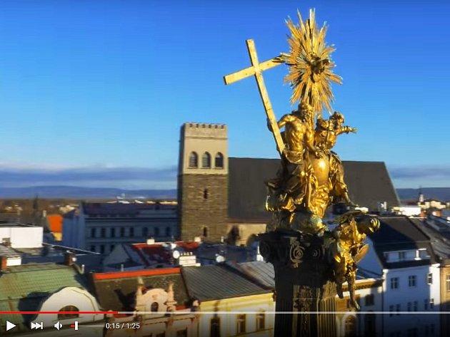 Zábět z propagačního klipu UP Když se ohlédnu, vidím Olomouc