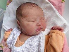 Jasmína Hanzelová, Lutín, narozena 9. června v Olomouci, míra 53 cm, váha 3890 g.