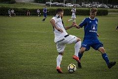 Fotbalisté Sigmy Lutín (v modrém) zvítězili v Želatovicích 3:1.